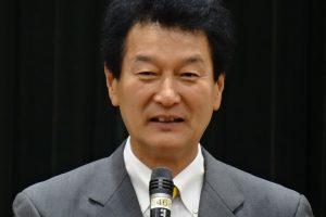 森林労連団結式であいさつする大島敦選挙対策委員長