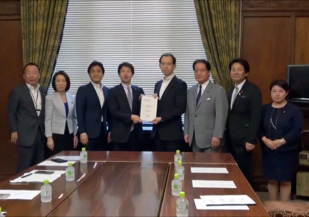 内堀雅雄福島県知事から要請を受ける大塚・玉木両共同代表ら