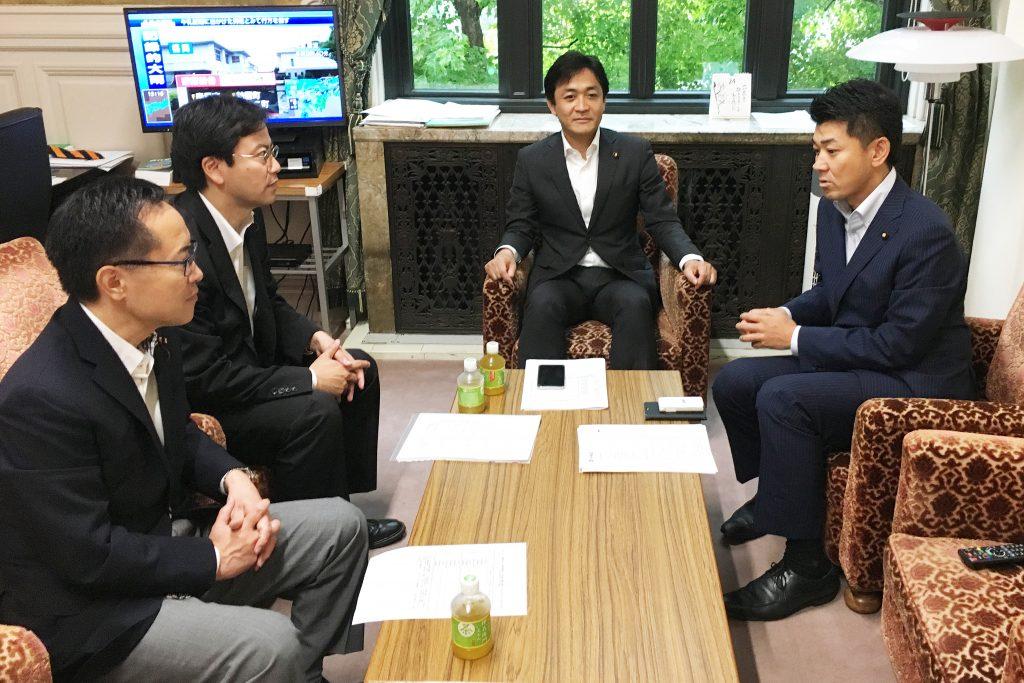 災害対策本部設置を協議する玉木共同代表、古川幹事長ら